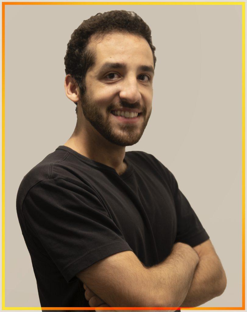 profesor Raphael Moyeno